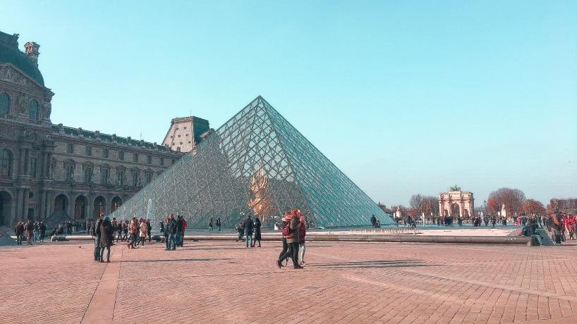 Musée du Louvres vu de l'extérieur